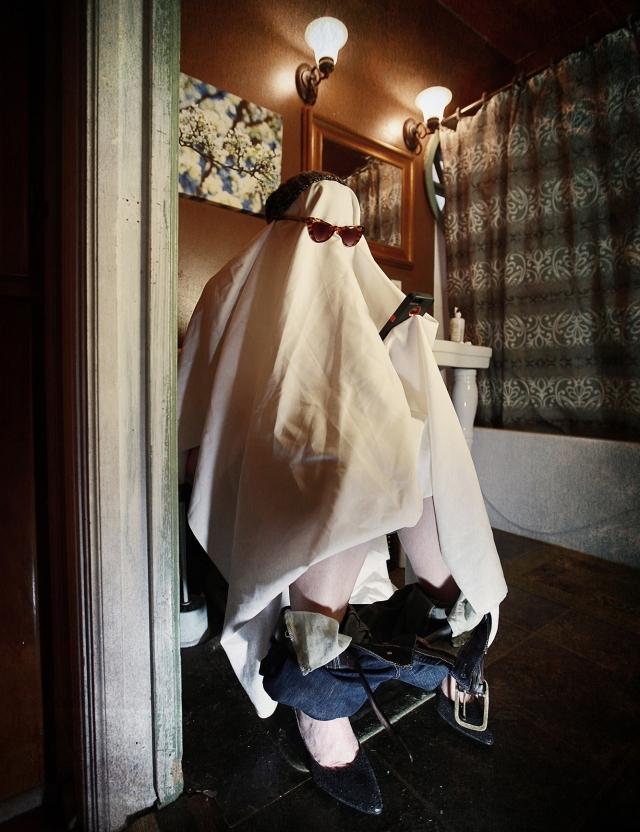 ghostpoop10x13